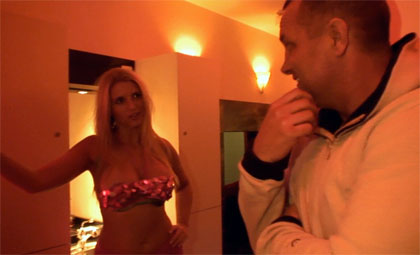 Blonde hooker with nice tits and a big ass fucking tourist from Red Light Sex Trips