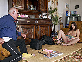 During an interview Mireck admits that she has never used any dildos. In fact, she hasnt seen them being used either. So a sales slut with she biggest knockers she has ever seen pays him a visit at home for an extensive demonstration!