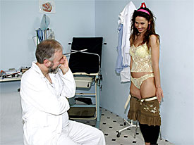 A ripe slut is visiting her doctor. the tells her to undress completely and when the slut is naked the begins licking her nipples. The slut objects but the continues, shoving his dong in her mouth. Later on the fucks her in a gyno chair.