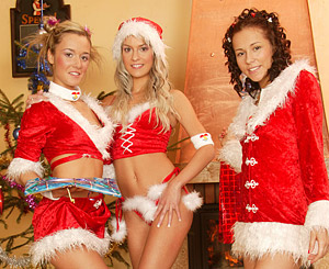 Christmas threesome. Josje, Natascha & Sandy lesbian Christmas action fun time
